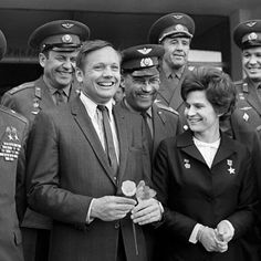 Neil Armstrong with Valentina Tereshkova and cosmonauts visiting Star city, Mosc. by Moon Missions Channel Nasa Pictures, Nasa Images, Moon Missions, Apollo Missions, Astronauts In Space, Nasa Astronauts, Nasa Space Center, Valentina Tereshkova, Neil Armstrong