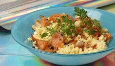 Huevos revueltos con salmón y ajetes