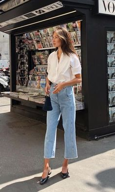 Simple and chic Parisian style, , My Faforite - My Style, Street Style Outfits, Looks Street Style, Looks Style, Casual Outfits, Casual Jeans, Street Style Fashion, Plad Outfits, City Fashion, Casual Attire