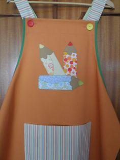 Naranja con pinturas