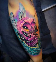 Bright color tattoos by Andrea Antikorpo Lanzi Skull Sleeve Tattoos, Best Sleeve Tattoos, Top Tattoos, Body Art Tattoos, Tattoos For Guys, Bright Colorful Tattoos, Bright Tattoos, Lace Tattoo, Tattoo Ink