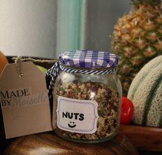 Stel zelf je notenmix samen en eet die lekker bij je ontbijt  :)