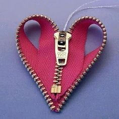 Zipper Heart @Michelle Flynn Sadgrove-fatti Clod <3