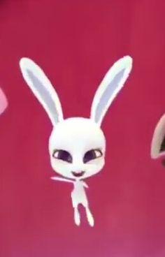 Disney Faries, Tikki And Plagg, Hawk Moth, Marinette And Adrien, Miraculous Ladybug Anime, Kawaii Art, Queen Bees, Lady Bug, Bugs