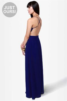 I love this dress but I think it would look better on a full figured woman