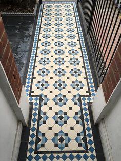 Victorian Tiles London, Geometric Tile Supply, Tiles Floor Victorian Hallway Tiles, Victorian Mosaic Tile, Tiled Hallway, Hallway Flooring, Hall Tiles, Victorian Bathroom, Bathroom Floor Tiles, Tile Floor, Kitchen Backsplash