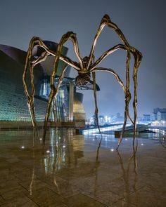 'Maman' by Louise Bourgeois - Fuji X-E1 and 14mm lens