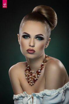 makeup artist - http://www.linacameron.com