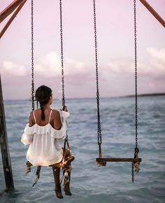 A swing over the water! Foto Casual, Relax, Foto Pose, Landscape Illustration, Illustration Art, Style Vintage, Art Music, Summer Vibes, Find Image