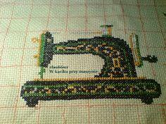 haft krzyżykowy - maszyna do szycia Singer - logo bloga