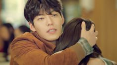 Kim Woo Bin relentlessly teases and pursues Suzy in second teaser for Uncontrollably Fond Kim Woo Bin, Bae Suzy, Top 40 Songs, Instyle Magazine, Cosmopolitan Magazine, Uncontrollably Fond, Yoona Snsd, Jessica Jung, Falling In Love With Him