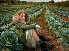 Vogue US Outubro 2014 | Natalia Vodianova por Anne Leibovitz [Editorial]