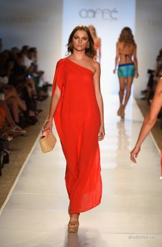 Пляжная мода 2015 туники 36