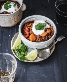 Shredded Beef Chili With Sweet Potatoes: Add a smoked paprika/cinnamon spice rub to the beef, a solid ale/stout and a few sweet potatoes to round out an incredibly rich stew.  || Leite's Culinaria