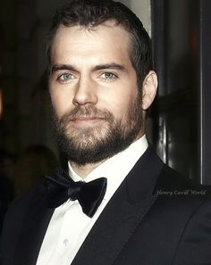 Henry Cavill photo edit via HenryCavillWorld