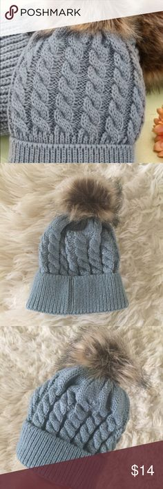 NEW KNITTED BABY hat NEW never worn baby knitted hat with raccoon fur beanie. Accessories Hats
