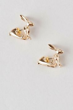 Hopkins Front to Back Rabbit Studs - These unique studs feature golden rabbits that can be seen front to back! Dangly Earrings, Women's Earrings, Front Back Earrings, Womens Clothing Stores, Studs, Bling, Jewels, Peircings, Dear Santa