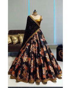 Party Wear Indian Dresses, Party Wear Lehenga, Indian Gowns Dresses, Indian Bridal Outfits, Dress Indian Style, Indian Fashion Dresses, Indian Designer Outfits, Designer Dresses, Wedding Dresses