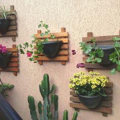 Bahce balkon ve dilediginiz her yerde rengarenk ortamlar yaratabiliriz yeter ki siz isteyin.Bilgi ve siparisleriniz icin bize ulasabilirsiniz.