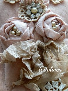 Todolwen (new): A Rose Heart ..