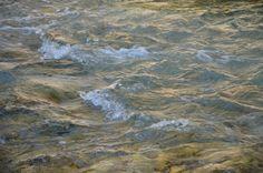 Wahre Ruhe entsteht nicht aus Mangel an Bewegung, sie hält das Gleichgewicht der Bewegung.  #Wasser #Fluss #Wellen