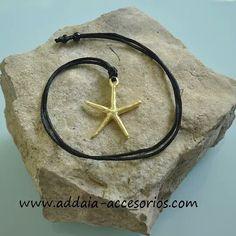 ¡DE NUEVO EN STOCK! #collar con #estrellademar bañada en #oro de 3 micras y cordón de nylon www.addaia-accesorios.com #bisuteria #artesana #vegana y #personalizable #bisuteriaartesana #bisuteriapersonalizada #hechoamano #handmade #vegan #gold #seastar #estrella #star #necklace
