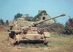 Heres a great colour photograph of a camouflaged Panzer IV in 1944.