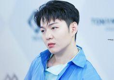 비투비 이창섭♡고화질/사진/움짤모음 3탄 : 네이버 블로그 Btob Changsub, Minhyuk, Kpop, Asian Boys, Mochi, Cute Guys, Singers, Bands, Beautiful Babies