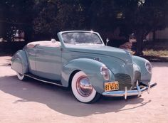 1941 Lincoln Zephyr Convertible #tbt #throwback #classic #vintage #cars #auto #drivedana #statenisland #newyork #nyc