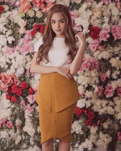 This pin was discovered by rj novem. Travel Fashion, Girl Fashion, Filipina Actress, Shot Hair Styles, Womens Summer Shoes, Travel Clothes Women, Child Actresses, Celebs, Celebrities