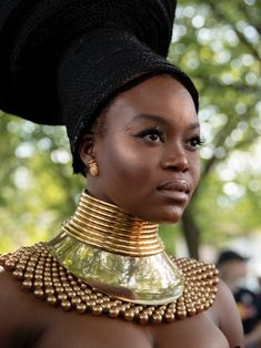 No festival serves up more incredible looks than Afropunk 2018. Beautiful Dark Skinned Women, Beautiful Black Women, African Beauty, African Women, Afro Punk Fashion, Art Africain, Looks Black, Black Women Art, African Jewelry