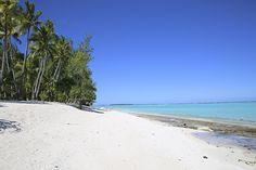 O Atol de Tetiaroa é um dos lugares mais especiais do Tahiti. Composto por várias ilhotas ao redor de uma grande lagoa de água salgada, foi comprado pelo ator Marlon Brando, que idealizava um projeto todo sustentável, hoje tocado por sua família, e o grupo Intercontinetal Thalasso. O The Brando's é um dos hotéis mais exclusivos e em um dos lugares mais lindos do mundo. Cada suíte tem uma piscina privativa e pé na areia, coroada pelo mar calmo e turquesa da Polinésia Francesa.