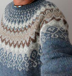 Ravelry: Laureus' Svissari charts only Fair Isle Knitting Patterns, Sweater Knitting Patterns, Knitting Designs, Knit Patterns, Hand Knitting, Knitting Sweaters, Punto Fair Isle, Norwegian Knitting, Icelandic Sweaters