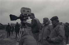 "David Fincher working on ""Alien 3"" Creatures 3, David Fincher, Scene Photo, On Set, Predator, Beautiful Creatures, Behind The Scenes, Cinema, Film"