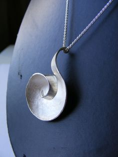 Nebula pendant, Kirstie Whiley