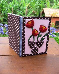 Delicadezas de Mamãe: Cadernos com Patchwork Embutido