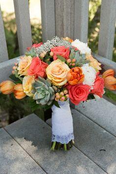 Bridal Bouquet with natural wrap Wedding Flower Photos, Floral Wedding, Fall Wedding, Rustic Wedding, Our Wedding, Wedding Flowers, Chic Wedding, Wedding Ideas, Bridesmaid Bouquet