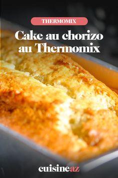 Le cake au chorizo auThermomixest moelleux et savoureux.Il se déguste chaud, tiède ou froid en entrée.#recette#cuisine#robotculinaire#thermomix#cake#chorizo Cake Chorizo, Un Cake, Cornbread, Macaroni And Cheese, Robot, Ethnic Recipes, Grated Cheese, Cooking Recipes, Salty Cake