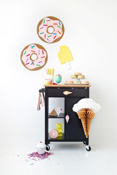 DIY: Sugar rush cart, perfect for a birthday party!