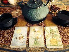 http://autumnhollow.tumblr.com/post/87645449804/scorpiaticus-tea-tarot-with-the-spirits