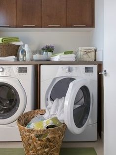 Dont throw away those dryer sheets! Alternate uses for dryer sheets