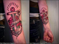 Tatuering, underarm - ankare, ros med banderoll gjordes en månad innan vigsel. Tattoo, underarm - was made one month prior to wedding