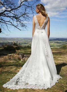 Robes de mariée - $154.59 - Forme Princesse Col V Traîne moyenne Mousseline de soie Robe de mariée avec Dentelle À ruban(s) (0025120049)