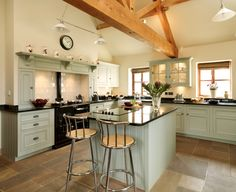 Bespoke Handmade Kitchens from Harvey Jones Kitchens Aga Kitchen, Green Kitchen, Kitchen Paint, Kitchen Dining, Kitchen Decor, Green Country Kitchen, Kitchen Units, Modern Country Kitchens, Modern Country Style