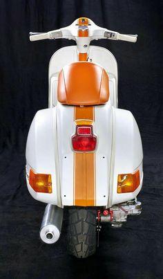 Custom paint stripes cool and classic Vespa PX