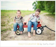 Brothers - wagon