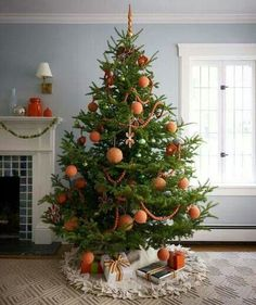 beautiful christmas trees images photos and pictures if you want to decorating your home with a good christams tree we are sharing glamorous christmas
