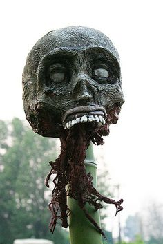 fab voodoo head on a stake