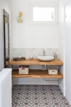 35 Rustic Bathroom Vanity Ideas to Inspire Your Next Renovation - The Trending House Laundry Room Bathroom, Bathroom Spa, Bathroom Renos, Bathroom Renovations, Small Bathroom, Bathroom Ideas, Laundry Rooms, Bathroom Fixtures, Bathroom Images