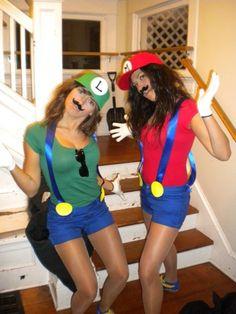 Mario + Luigi Halloween tooo cute :)